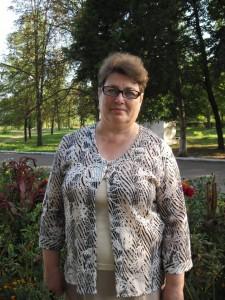 Мама возле стадиона Локомотив
